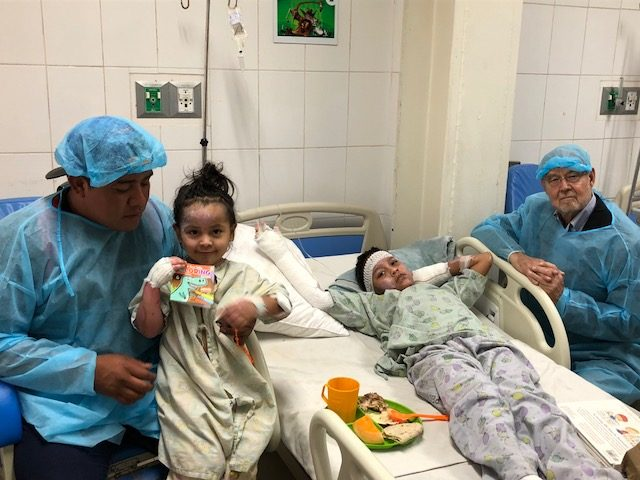 Children recovering from Fuego